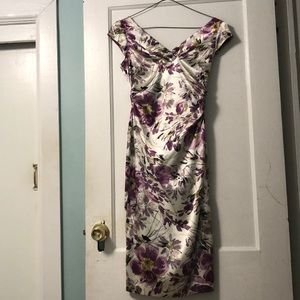 Beautiful floral Maggy London dress